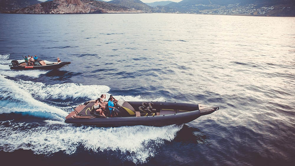 rent-a-speedboat-greece-00073